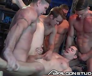 FalconStudios Hunks Get..